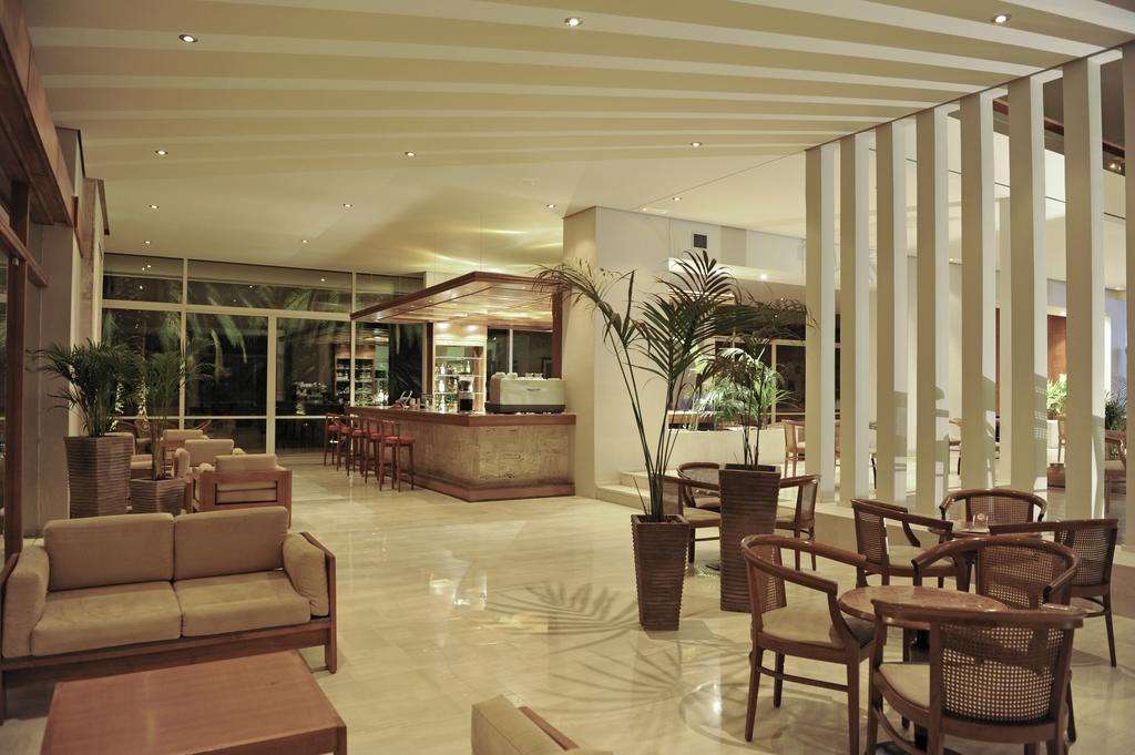 лобби отеля King Saron