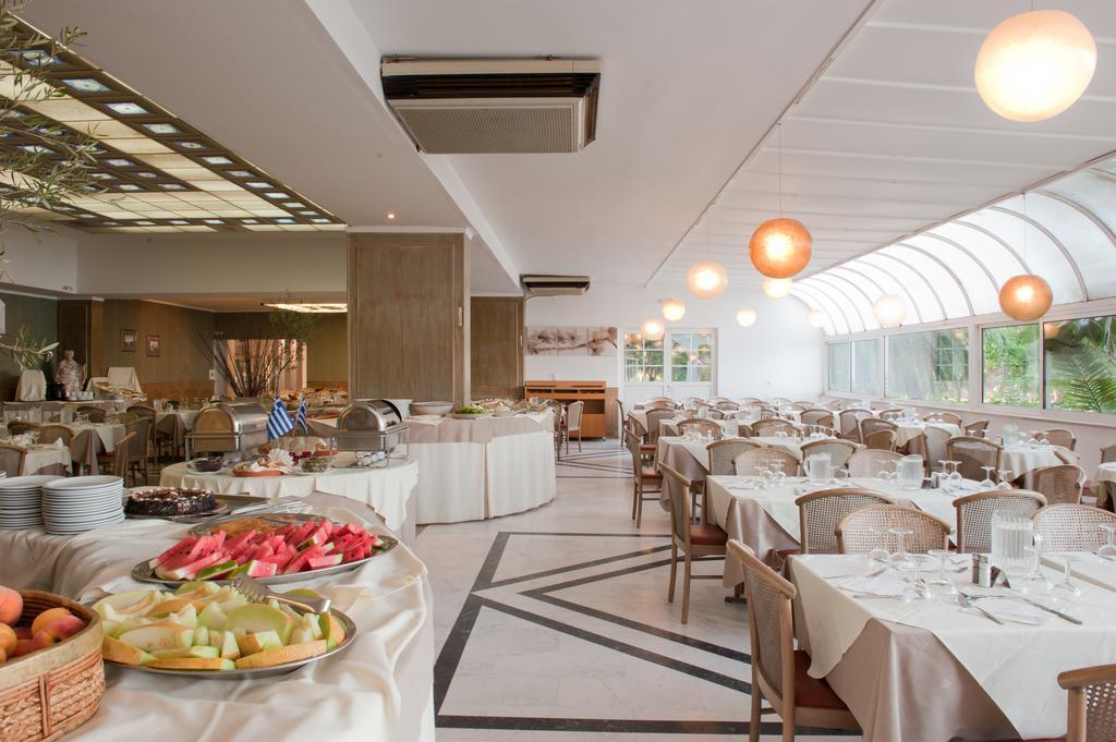 ресторан отеля King Saron