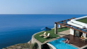 терраса отеля Grand Resort Lagonissi