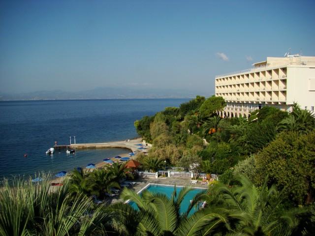 территория отеля Pappas