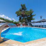 бассейн отеля Poseidon