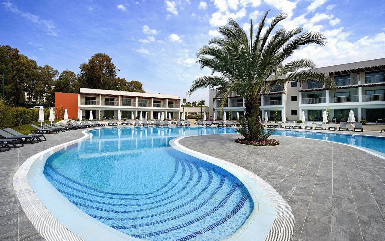 бассейн отеля Barut Hemera