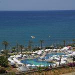 бассейн отеля Long Beach Resort Hotel & Spa