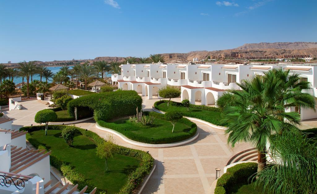 территория отеля Iberotel Palace