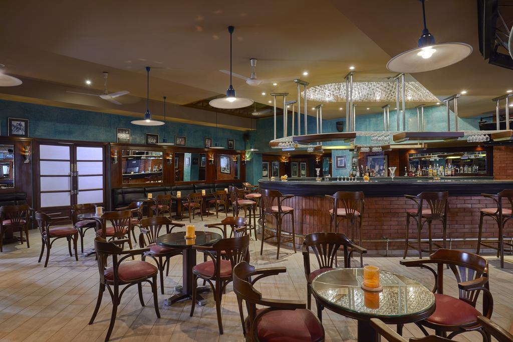 бар отеля Iberotel Palace