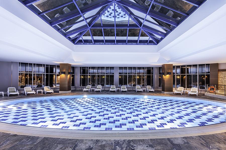 крытый бассейн отеля Rixos Beldibi