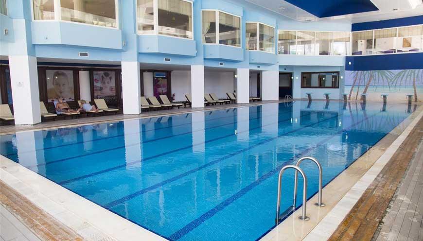 бассейн отеля TUI FUN & SUN Comfort Beach Resort