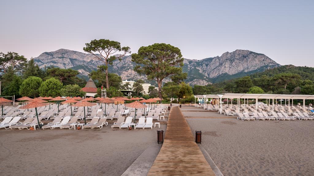 пляж отеля TUI FUN&SUN Miarosa Ghazal Resort