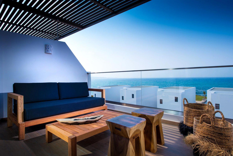 терраса отеля Abaton Island Resort & Spa