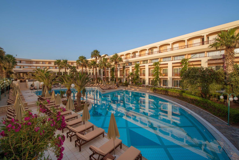 территория отеля Rethymno Palace