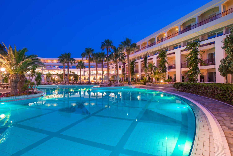 бассейн отеля Rethymno Palace