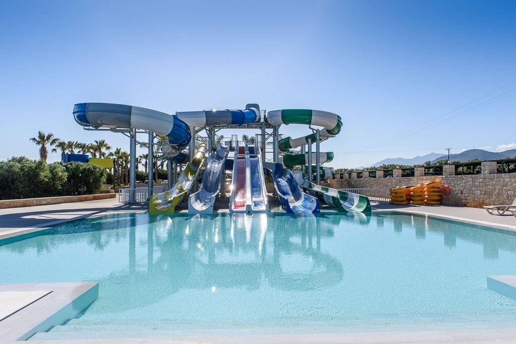 водные горки отеля Stella Palace Resort & Spa
