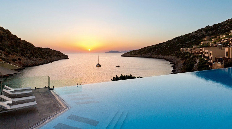 расположение отеля Daios Cove Luxury Resort & Villas