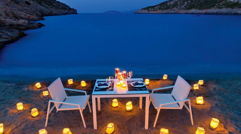 приватный ужин отеля Daios Cove Luxury Resort & Villas