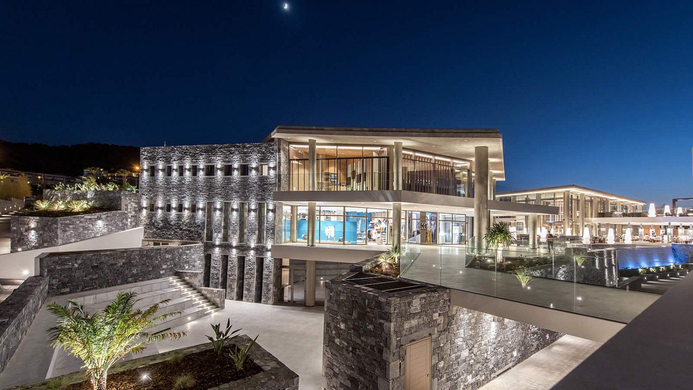 корпус отеля Nana Princess Suites Villas & Spa