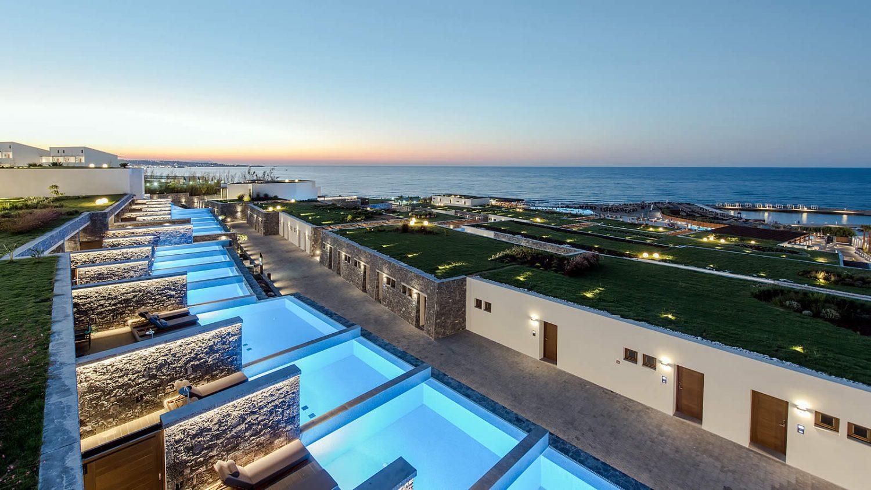 размещение в отеле Nana Princess Suites Villas & Spa