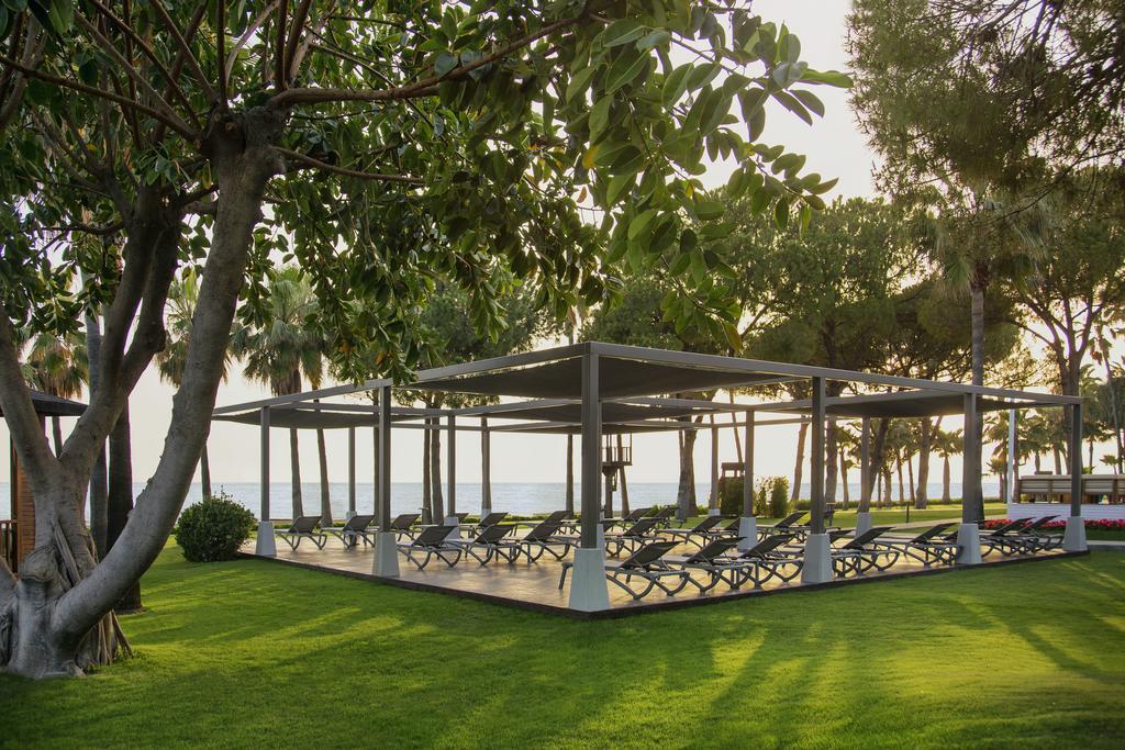 зона отдыха отеля Barut Acanthus & Cennet