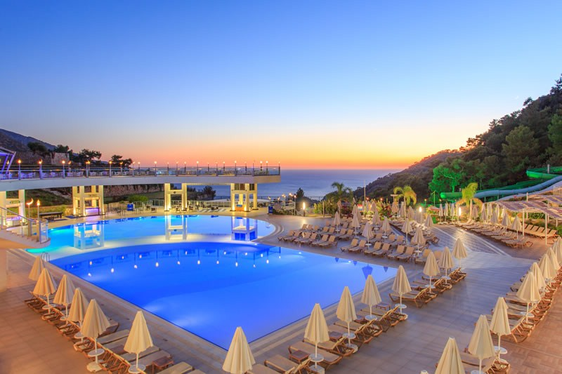 бассейн отеля Orka Sunlife Resort & Spa