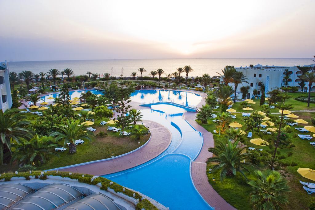 территория отеля LTI-Mahdia Beach