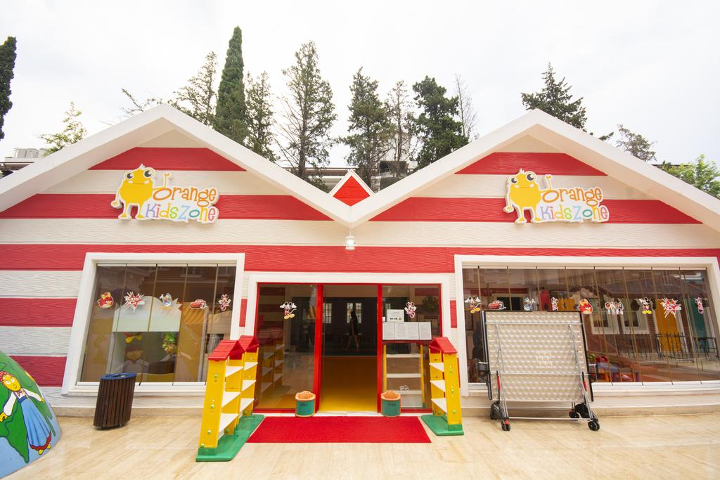 детский клуб отеля Orange County Resort Kemer