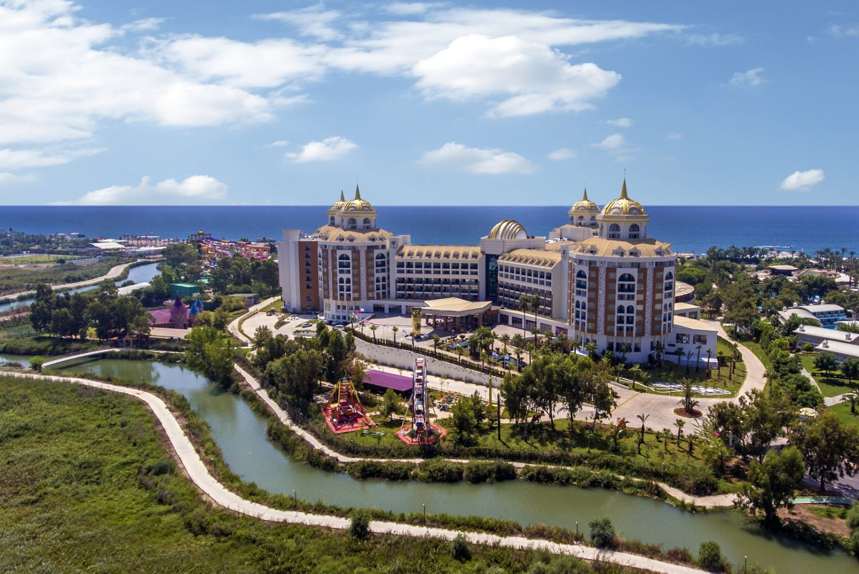 общий вид отеля Delphin BE Grand Resort