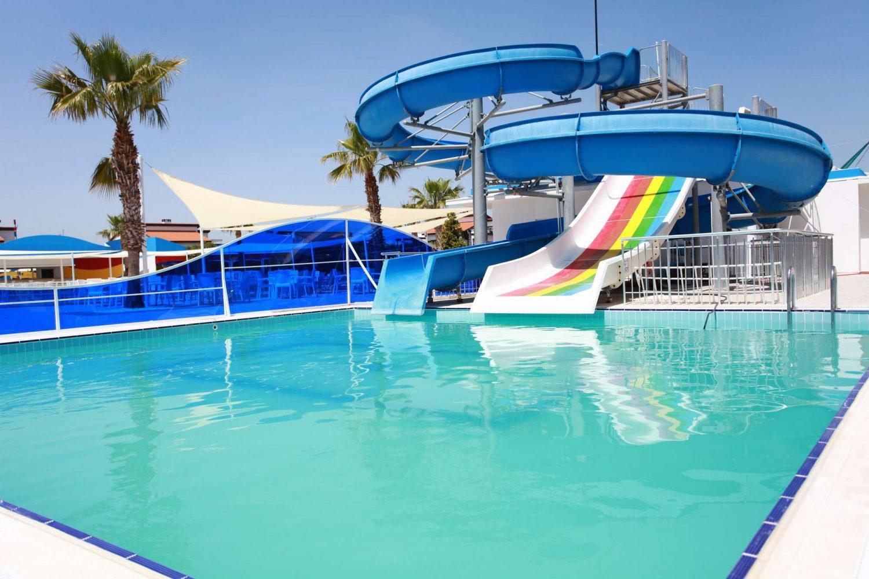 водные горки отеля TUI FUN&SUN River Resort Belek