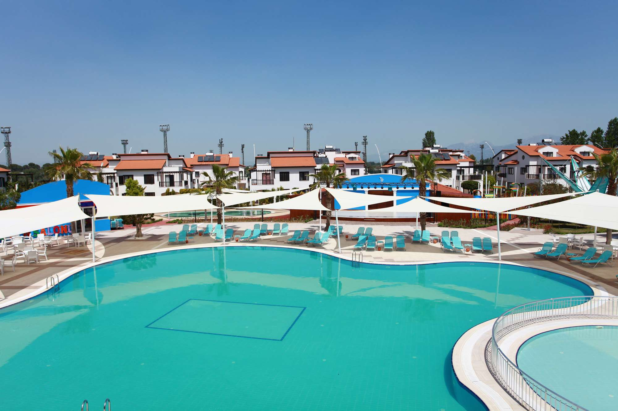 бассейн отеля TUI FUN&SUN River Resort Belek