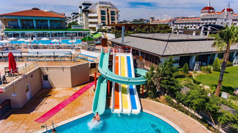 аквапарк отеля Throne Seagate Belek Hotel