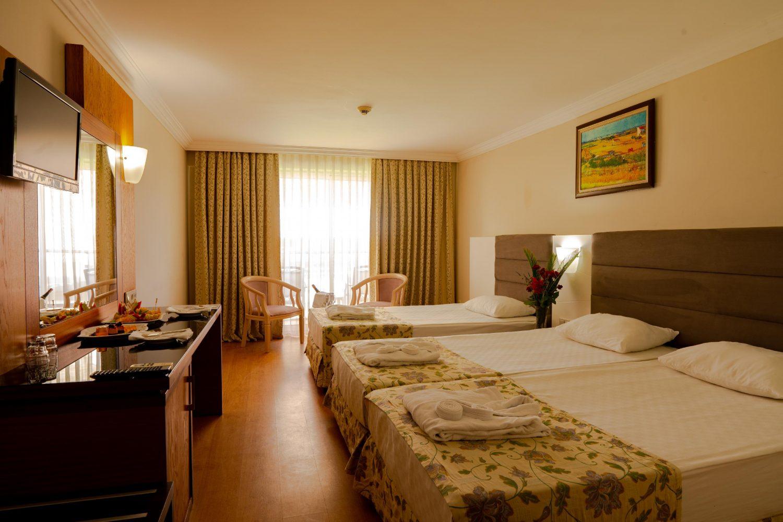 номер отеля Throne Seagate Belek Hotel