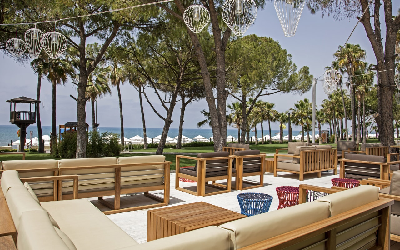 терраса ресторана отеля Barut Acanthus & Cennet