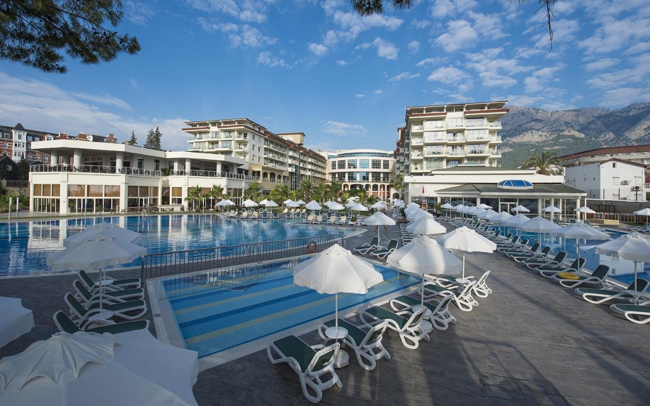 общий вид отеля Barut Kemer