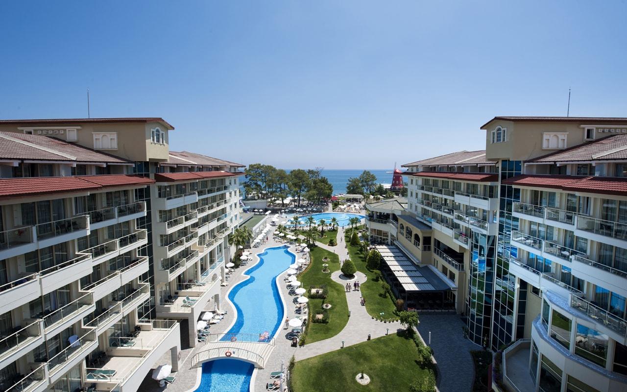 территория отеля Barut Kemer