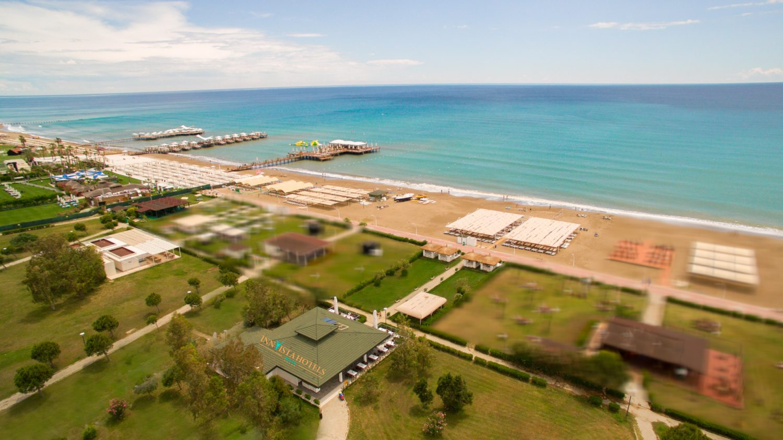 пляж и снек бар отеля Innvista Hotels Belek