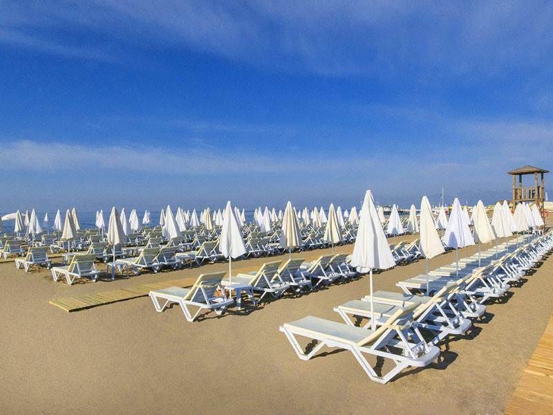 пляж отеля Grand Park Lara