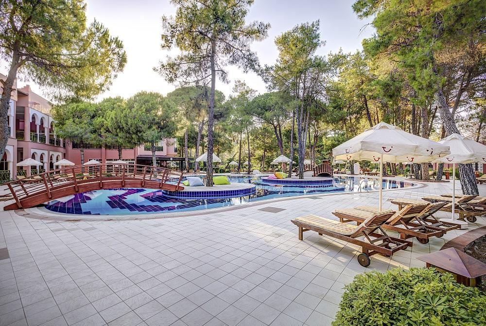 территория отеля TUI FUN&SUN Club Belek