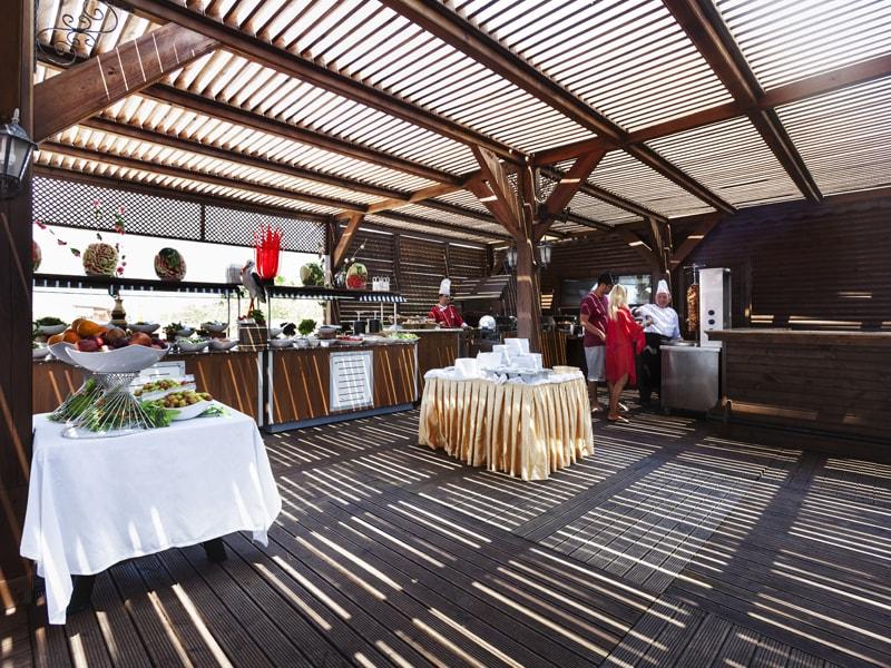 снек-бар отеля Throne Seagate Belek Hotel