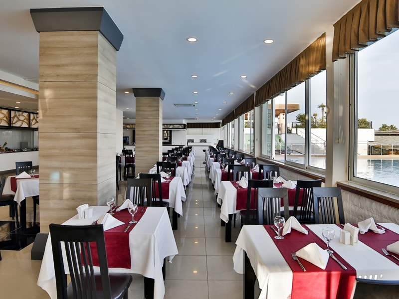 ресторан отеля Throne Seagate Belek Hotel