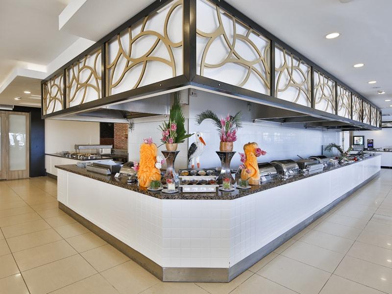 главный ресторан отеля Throne Seagate Belek Hotel