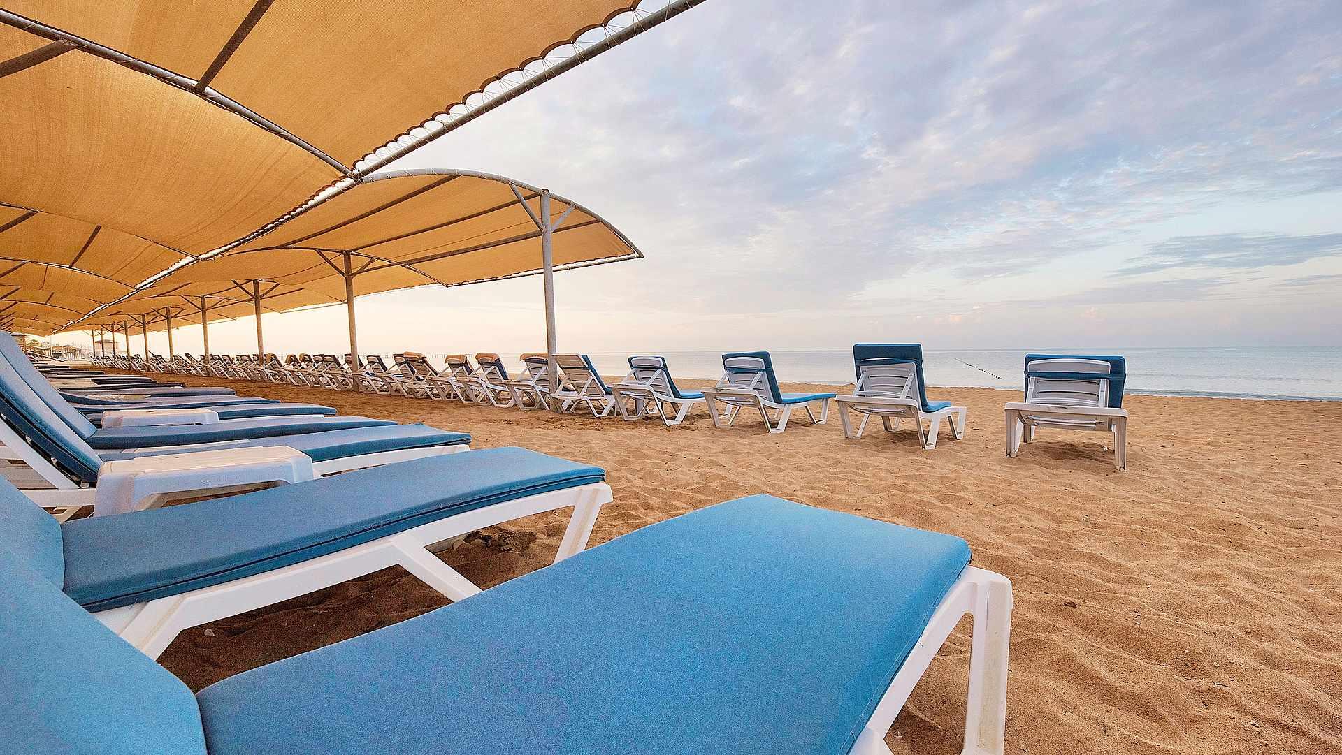 пляж отеля TUI MAGIC LIFE Masmavi