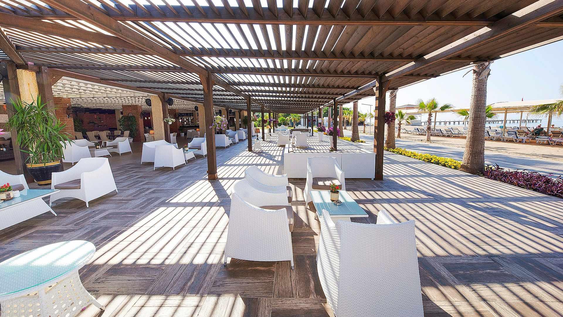 бар отеля TUI MAGIC LIFE Masmavi