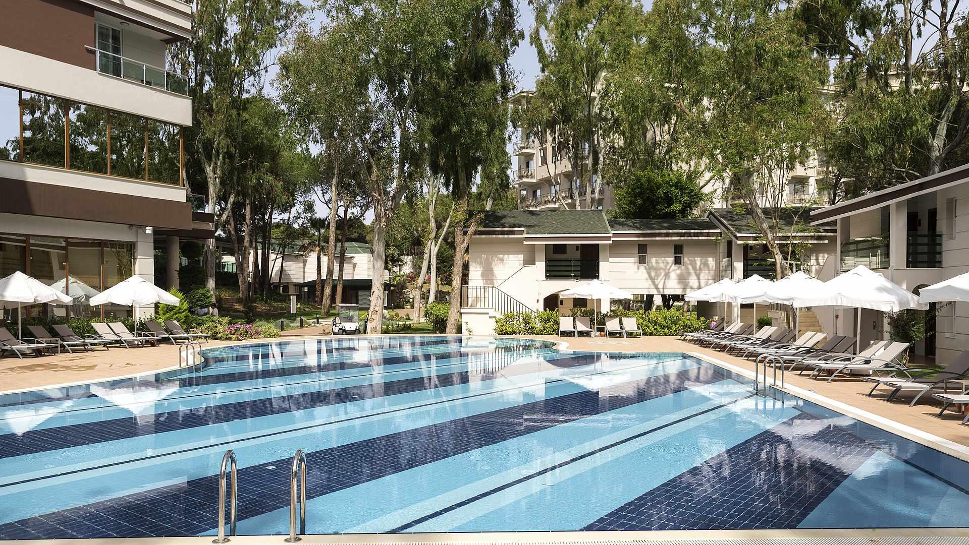 бассейн отеля TUI MAGIC LIFE Masmavi