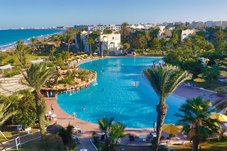 бассейн отеля LTI-Mahdia Beach