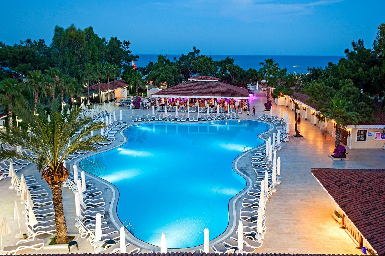 бассейн отеля Club Hotel Phaselis Rose