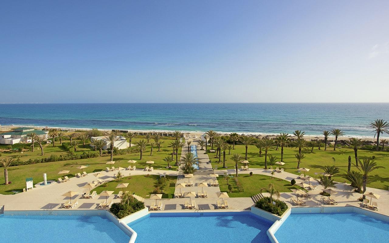 территория отеля Iberostar Selection Royal El Mansour & Thalasso