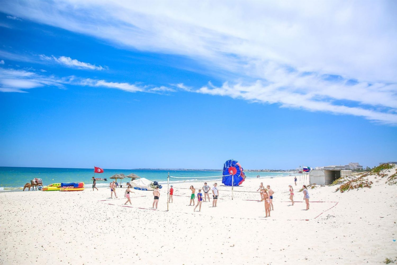 пляж отеля Magic Nerolia & Spa Monastir