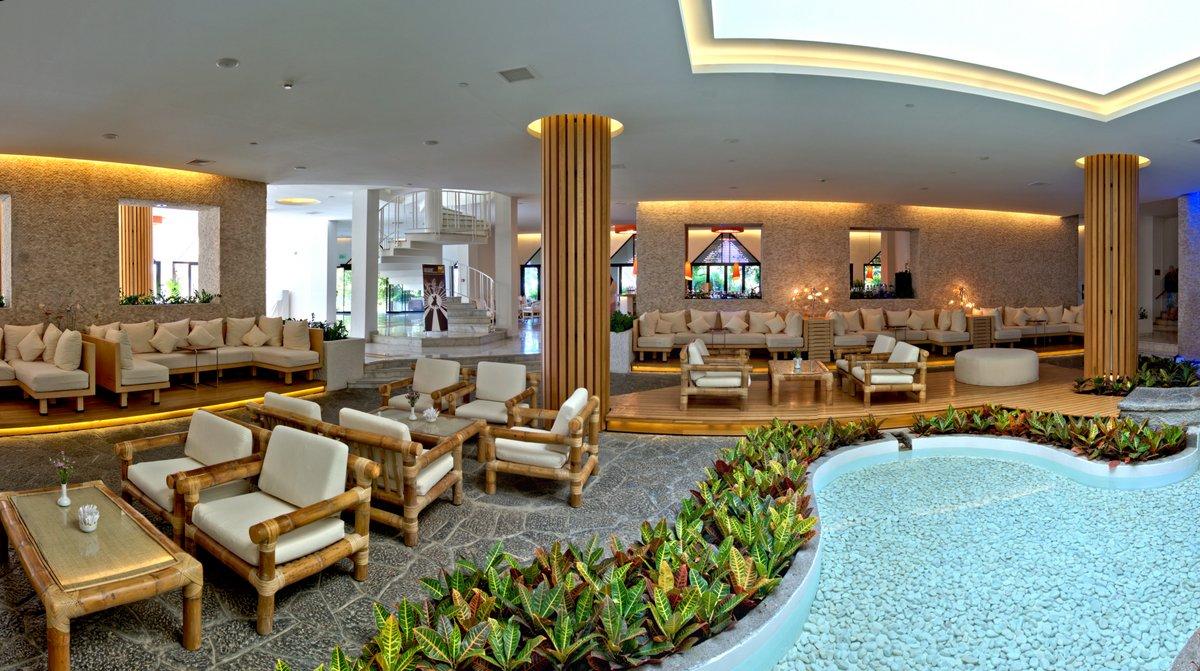 холл отеля TUI Magic Life Sarigerme