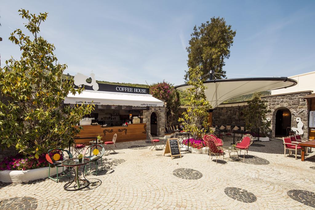 кофейня отеля Voyage Torba