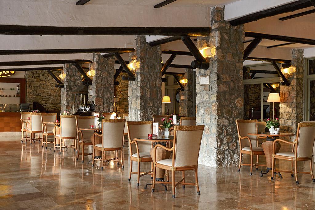 ресторан отеля Marti Resort