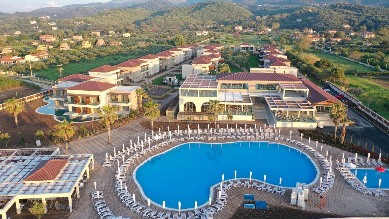 бассейн отеля Almyros Beach Resort & Spa