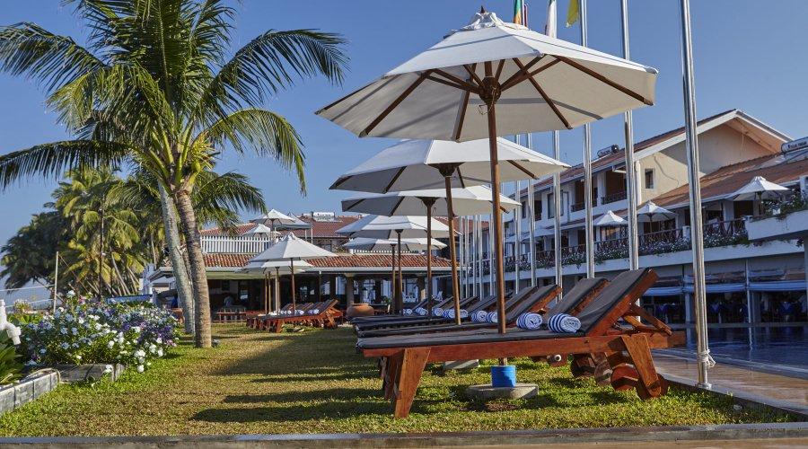 отдых в отеле Coral Sands Hotel